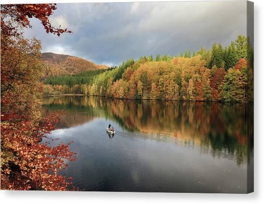 Canvas Print featuring the photograph Perthshire Autumn by Grant Glendinning