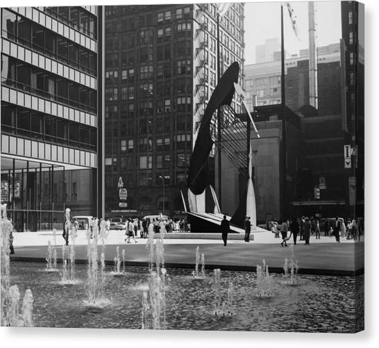 Picasso Sculpture At Chicago In Canvas Print by Keystone-france