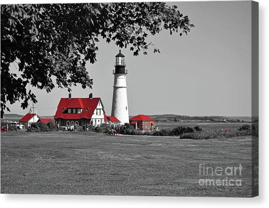 Canvas Print featuring the photograph Portland Head Red by Patti Whitten