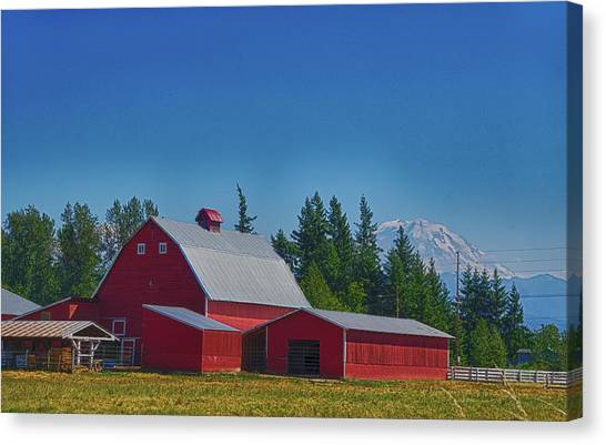 Red Barn With Mount Rainier Canvas Print