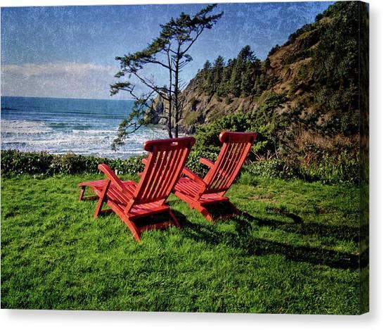 Red Chairs At Agate Beach Canvas Print