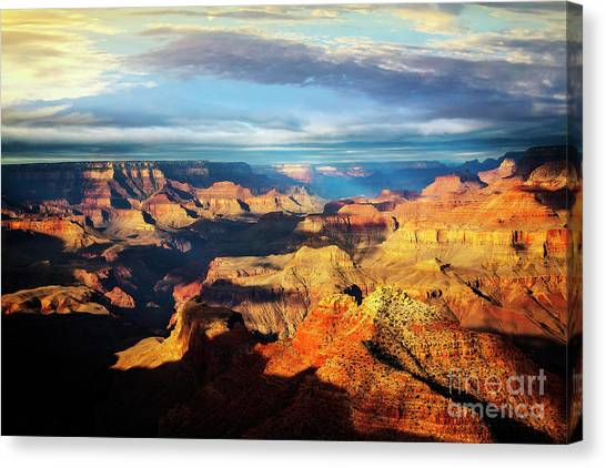Canvas Print featuring the photograph Rim To Rim by Scott Kemper
