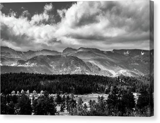Canvas Print featuring the photograph Rocky Foothills Bw by James L Bartlett