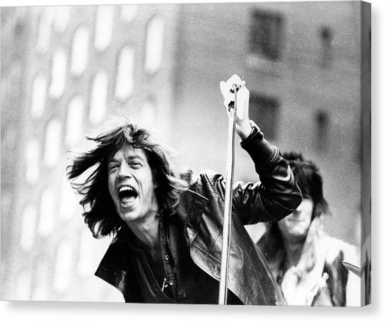 Horizontal Canvas Print - Rolling Stones On Fifth Avenue by Fred W. McDarrah