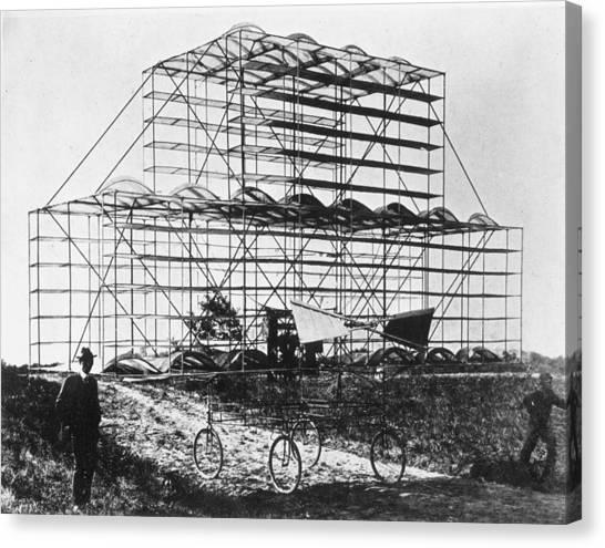 Roshon Multiplane Canvas Print by Hulton Archive