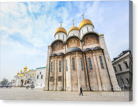 Russian Blue Canvas Print - Russia. Moscow. Assumption Cathedral Of by Thipjang