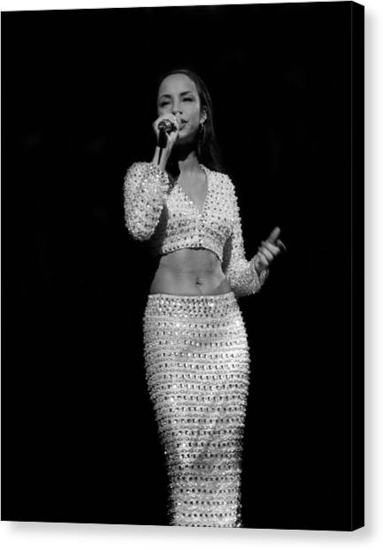 Sade Live In Rosemont, Illinois Canvas Print by Raymond Boyd