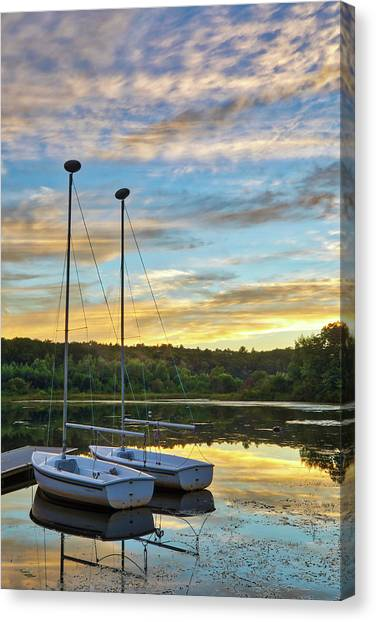 Canvas Print featuring the photograph Sailing Lake Waban by Juergen Roth