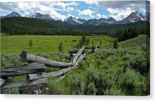 Sawtooth Range And 1975 Pole Fence Canvas Print