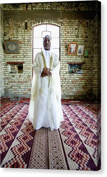Sheik Fadel Mesrel Al-jumail Portrait Canvas Print by Brent Stirton