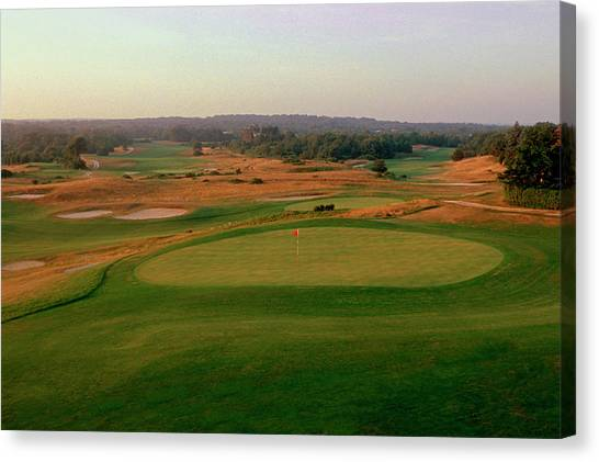 Shinnecock Hills Golf Course  -  9th Canvas Print