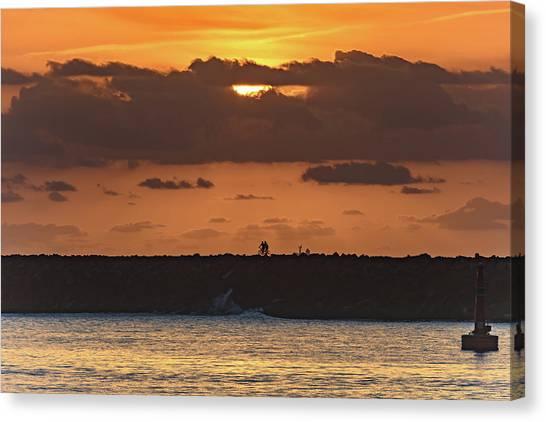 Silhouettes, Breakwall And Sunrise Seascape Canvas Print