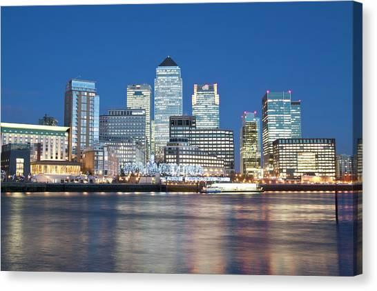 Skyline, London, U.k Canvas Print by John Harper