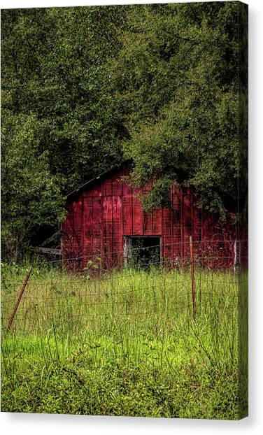 Small Barn 2 Canvas Print