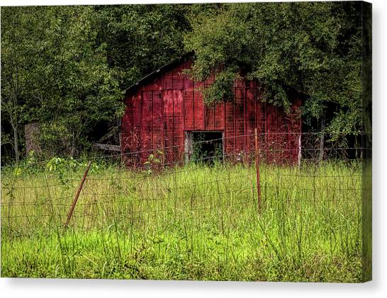 Small Barn 3 Canvas Print