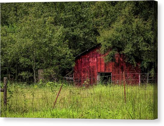 Small Barn Canvas Print