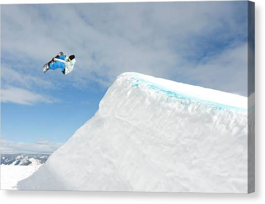Snowboarder In Terrain Park Canvas Print