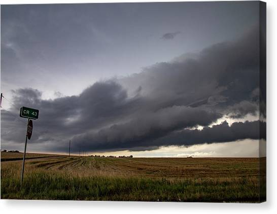 Canvas Print featuring the photograph Storm Chasin In Nader Alley 004 by NebraskaSC
