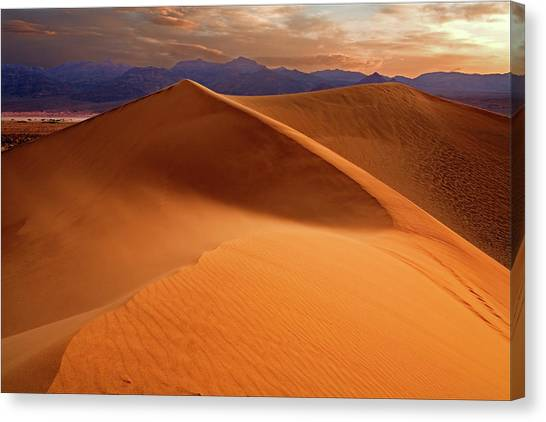 Stovepipe Wells Sunrise Canvas Print by Richard Mitchell - Touching Light Photography