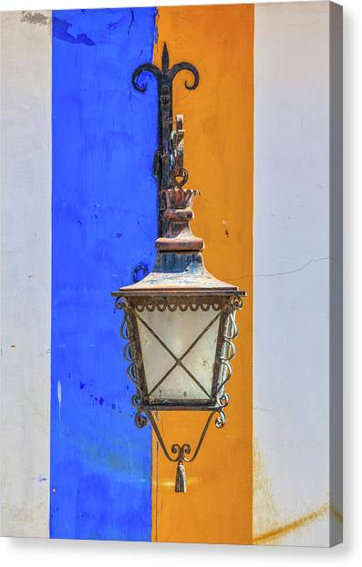 Street Lamp Of Obidos Canvas Print