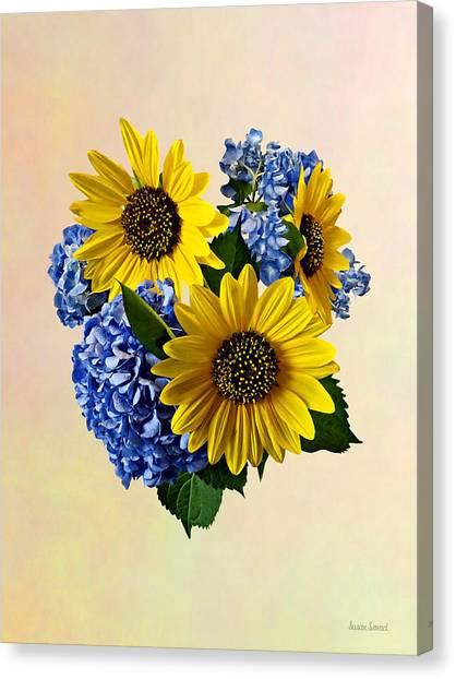 Sunflowers And Hydrangeas Canvas Print by Susan Savad