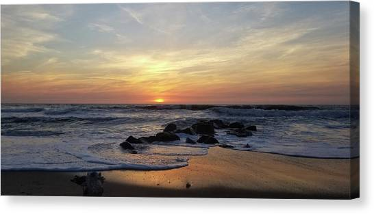 Canvas Print featuring the photograph Sunrise At The 15th St Jetty by Robert Banach