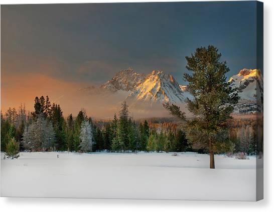 Sunrise Over Sawtooth Mountains Idaho Canvas Print