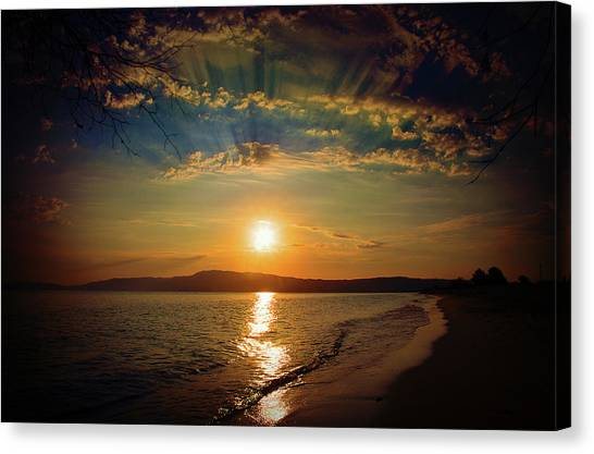 Canvas Print featuring the photograph Sunset Artistry by Milena Ilieva