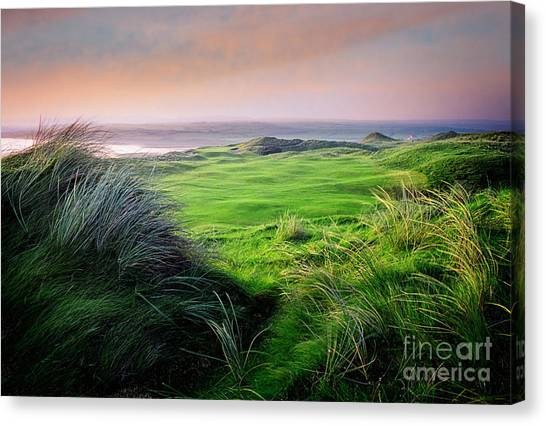 Canvas Print featuring the photograph Sunset - Lahinch by Scott Kemper