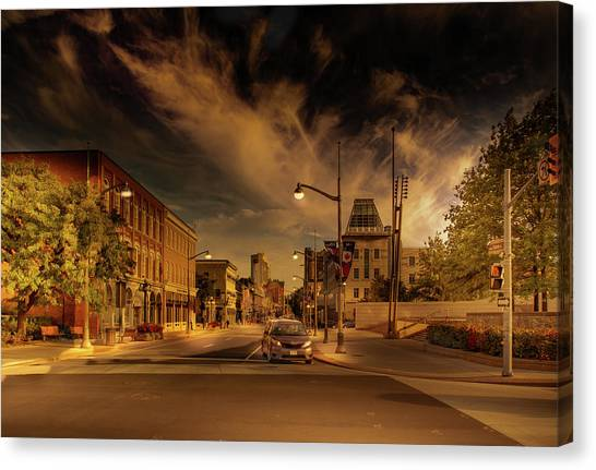 Canvas Print featuring the photograph Sussex Dr by Juan Contreras