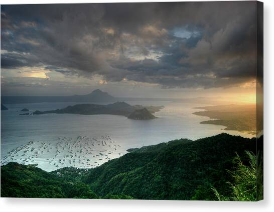 Taal Sunset Canvas Print