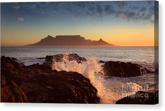 Table Mountain With Clouds, Cape Town Canvas Print by Dietmar Temps
