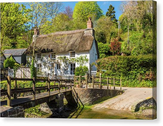 Thatched Cottage In Helford, Cornwall Canvas Print by David Ross