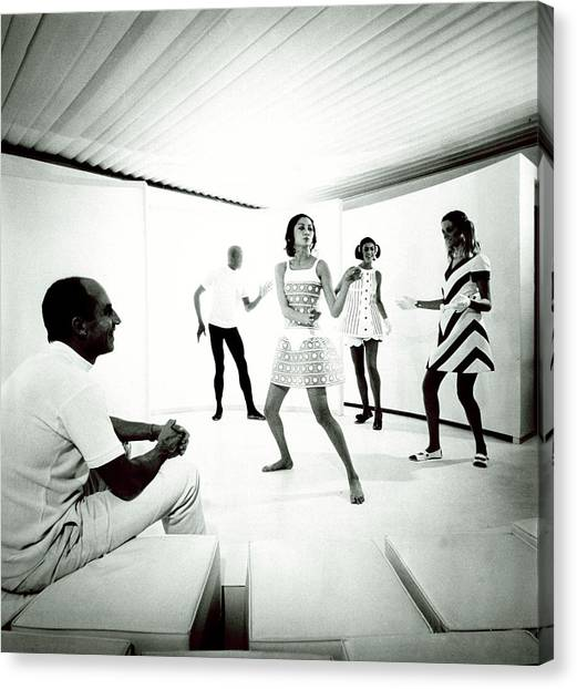 The 1968 Collection Of Andre Courreges Canvas Print