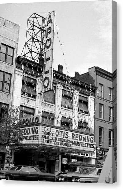 The Apollo Theater In Harlem. Otis Canvas Print by New York Daily News Archive