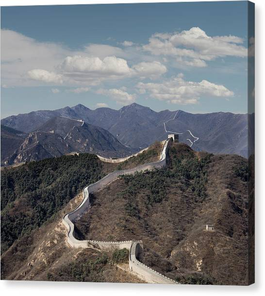 The Great Wall At Badaling, Beijing Canvas Print by Ed Freeman