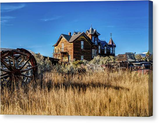 Canvas Print featuring the photograph The House by Pete Federico