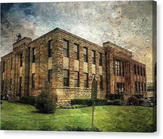 The Old County Courthouse Canvas Print