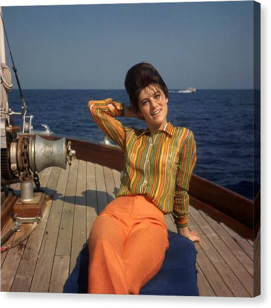 The Singer Sheila On Vacation 1967 Canvas Print