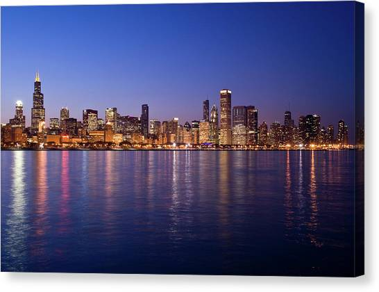 The Skyline At Night In Chicago Canvas Print