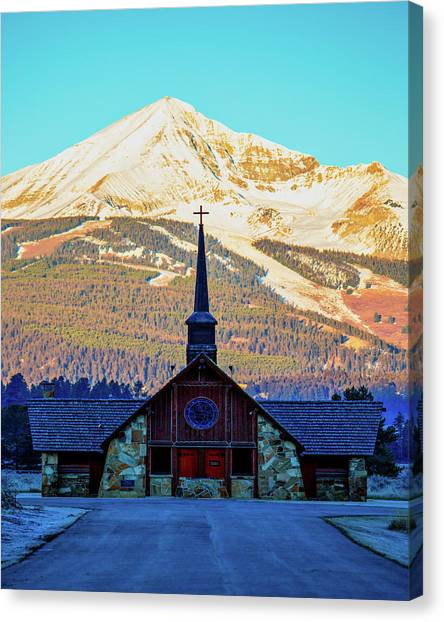 Canvas Print featuring the photograph The Soldiers Chapel by Pete Federico