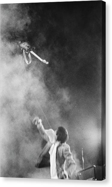 The Who Performing In Flint, Mi Canvas Print by Michael Ochs Archives