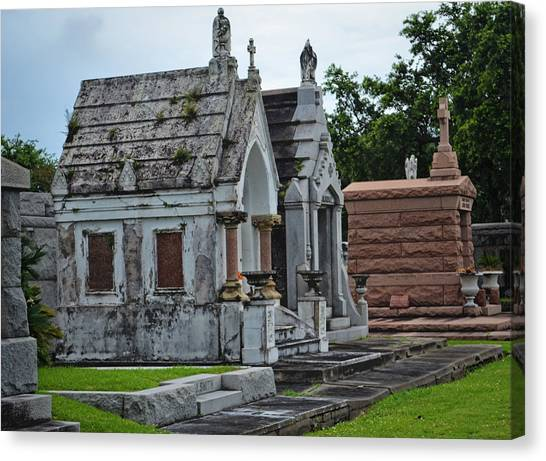 Tombs And Graves Canvas Print