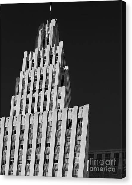 Canvas Print featuring the photograph Towering Reynolds by Patrick M Lynch
