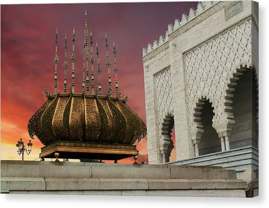 Traditional Outdoor Lighting Urn, Mausoleum Canvas Print