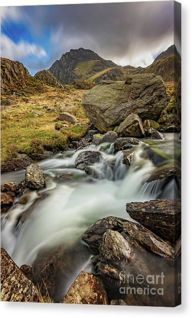 Canvas Print - Tryfan Mountain North Wales by Adrian Evans