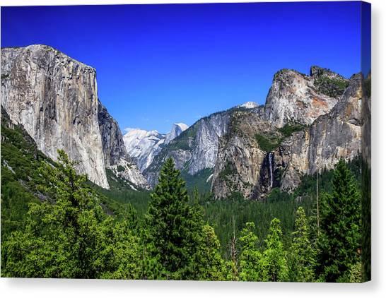 Canvas Print featuring the photograph Tunnel View Of Yosemite 2 by Dawn Richards