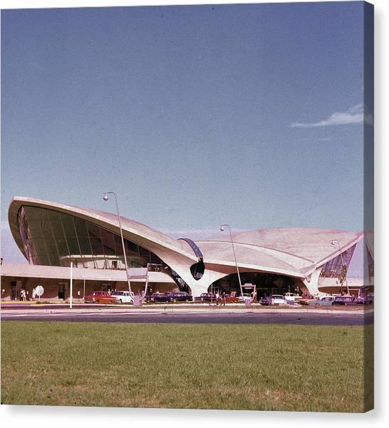 Twa Terminal Canvas Print by Hulton Archive
