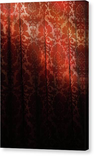 Uk, England, Oxford, Light On Red Fabric Canvas Print by Westend61