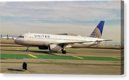 United Airline Airbus A320 At San Francisco International Airport Canvas Print